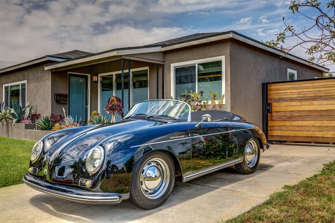 Cruising into the long weekend! Just love how this shot came out! Shot for @maidagold this week....#realestate #larealestate #architecturaldigest #architecturalphotography #archilovers #porsche #car #luxuryrealestate #highclasshomes #milliondollarlisting #photooftheday #creativevisionstudios #cvstudios #cvstudiosnet #lifestyle #myrrs