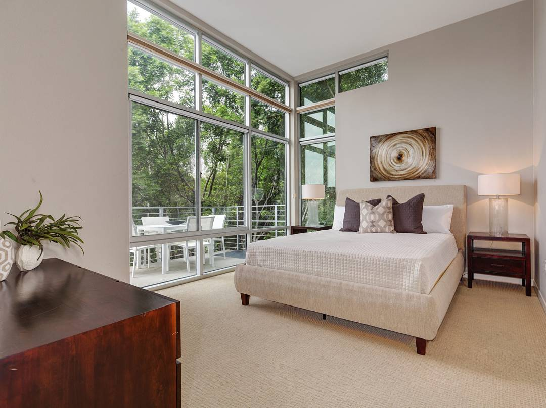 "A room with a view is exactly what this condo""s  master bedroom exemplifies. I just love all the natural light those windows provide as long as I don't have to clean them!  #realestate #larealestate #luxuryrealestate #luxuryhomes #highclasshomes #milliondollarlisting #photooftheday #creativevisionstudios #cvstudios #cvstudiosnet #myrrs #realestatephotography #realestatemarketing #architecturaldigest #architecturephotography #archilovers #view #pasadena #modern #window"